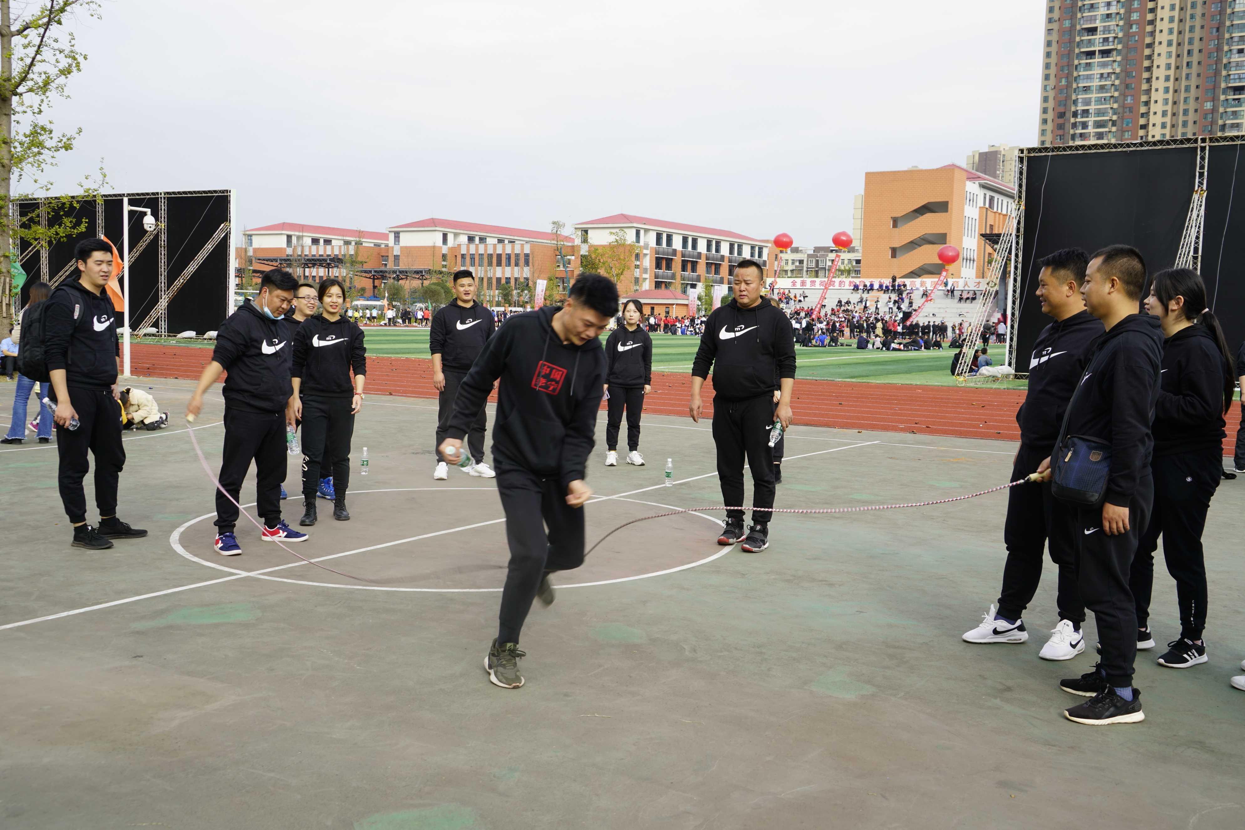 喜讯!仁寿代表队在眉山市首届教师运动会上取得优异成绩